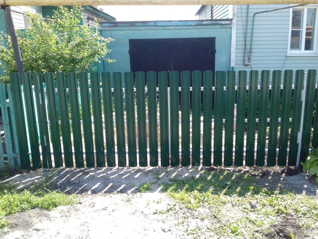 Комбинированный забор 25м штакетник и профлист, ворота, калитка фото6