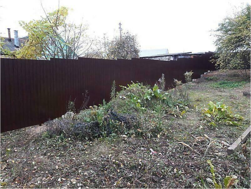Забор из металлопрофиля 8017 коричневый фото 5