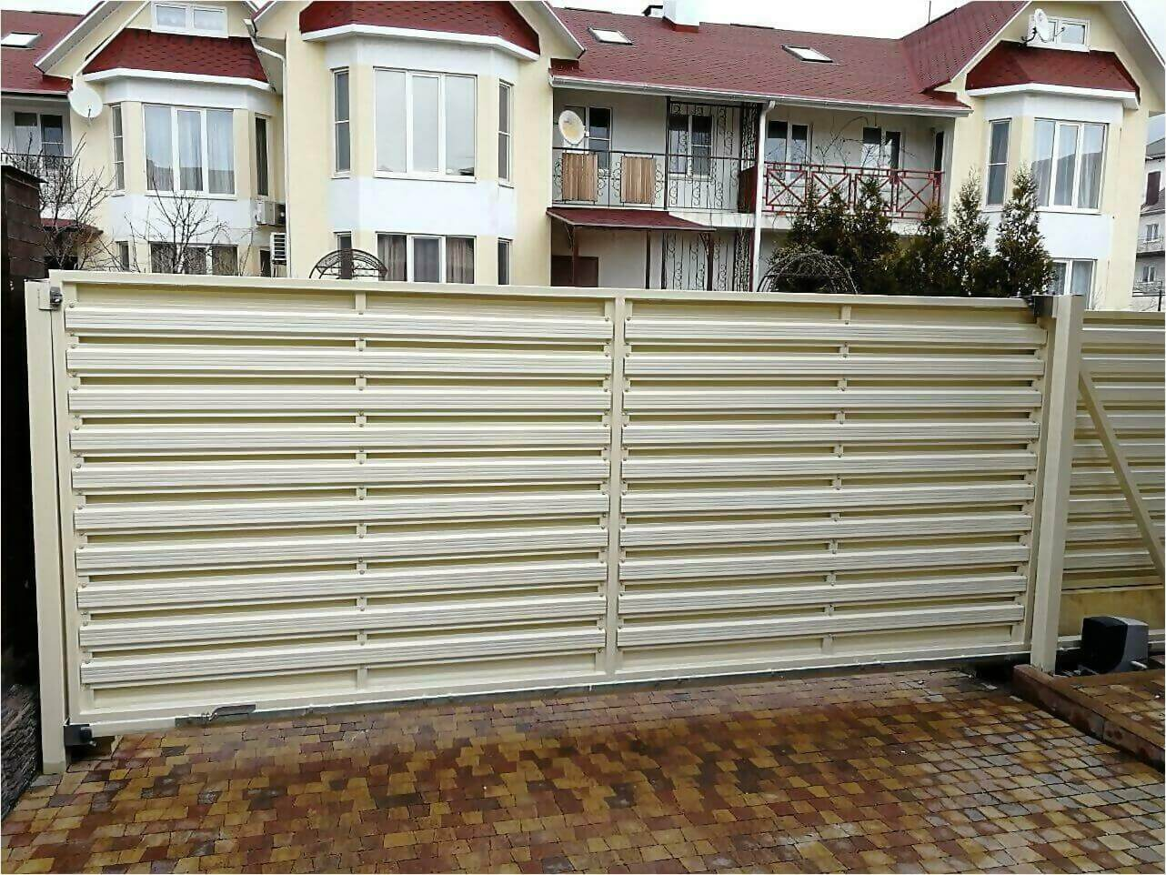 забор из штакетника 70м фото2