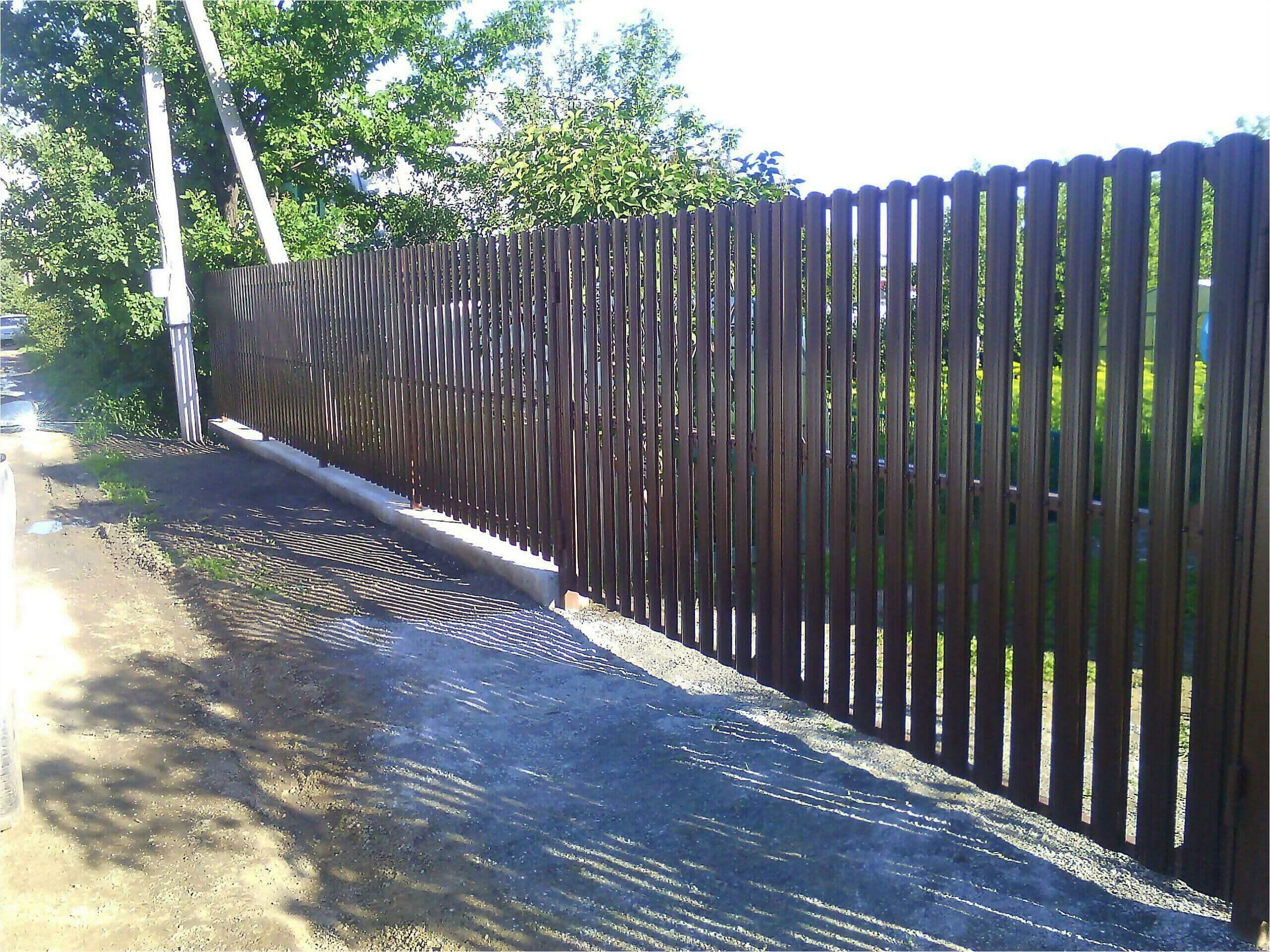 забор из штакетника 75м фото3