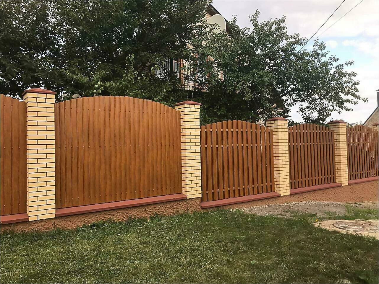 забор из штакетника 80м орех фото4
