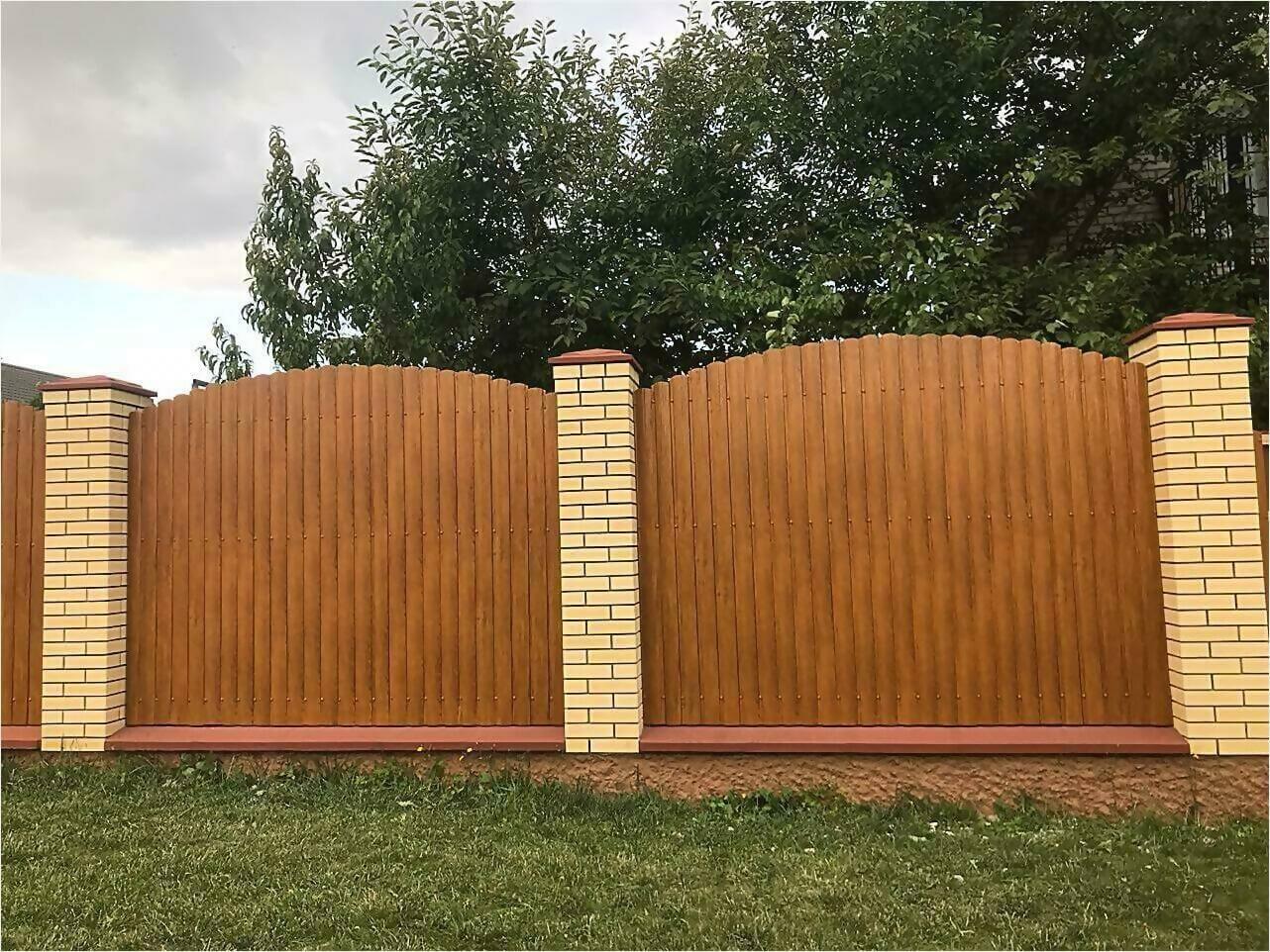 забор из штакетника 80м орех фото3