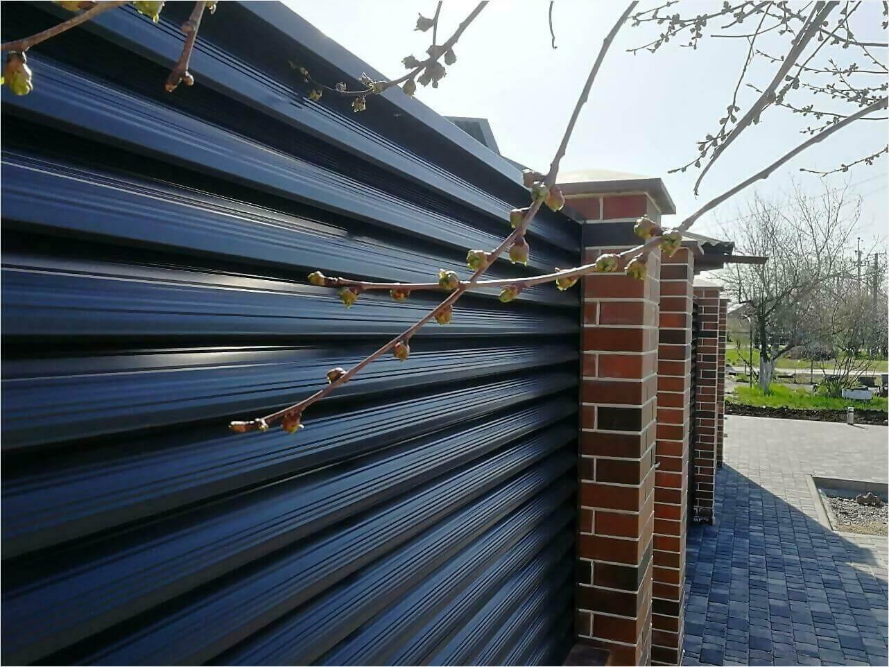 Забор-жалюзи 65м RAL7024 фото18