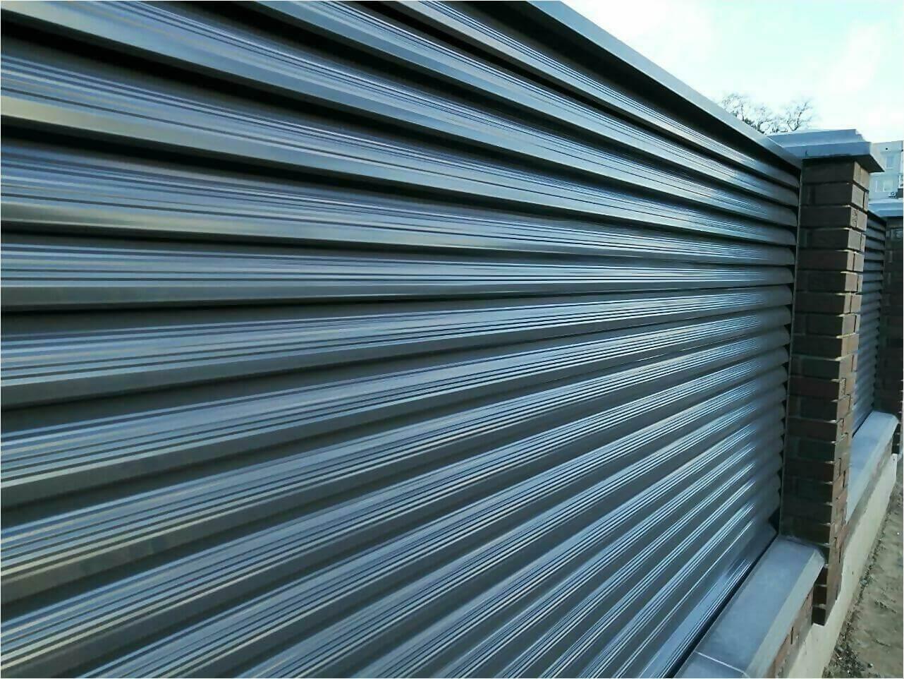 Забор жалюзи 125м RAL7024 фото7