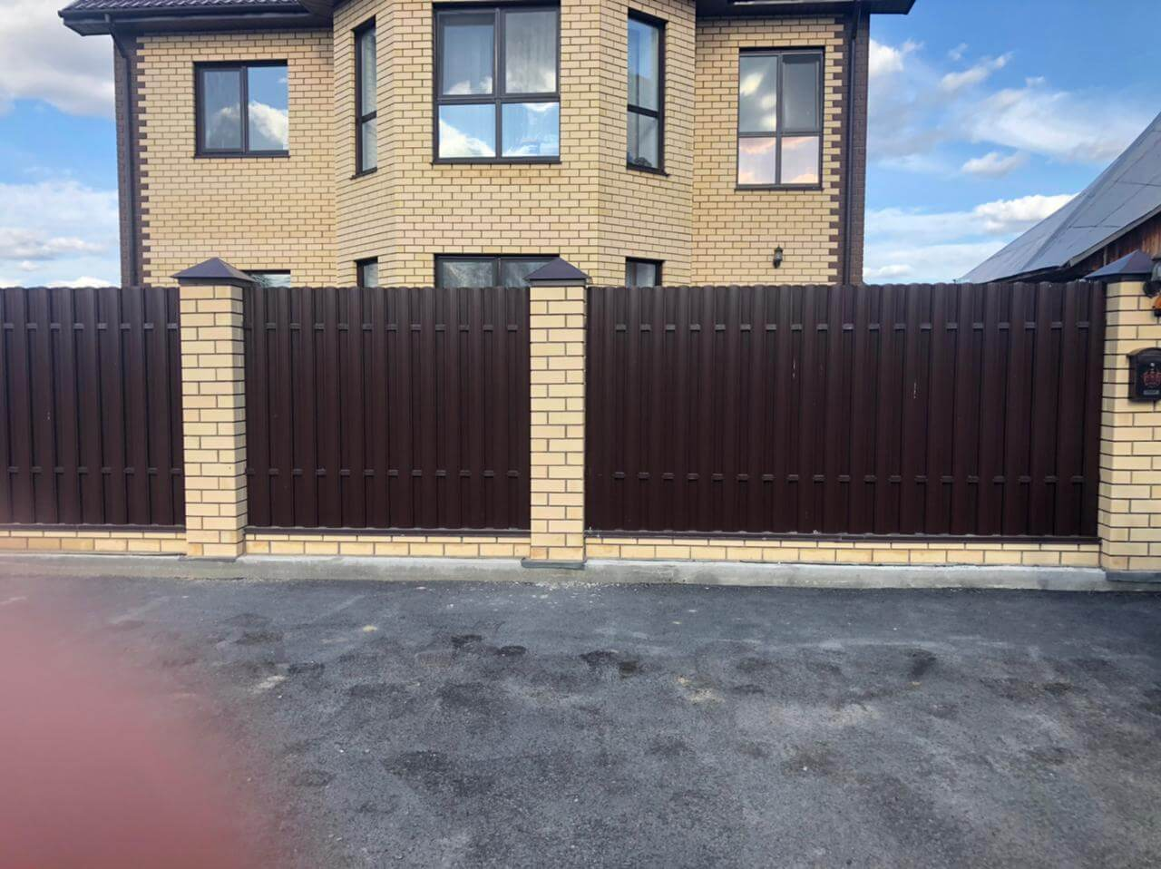 забор из штакетника Шоколад фото4