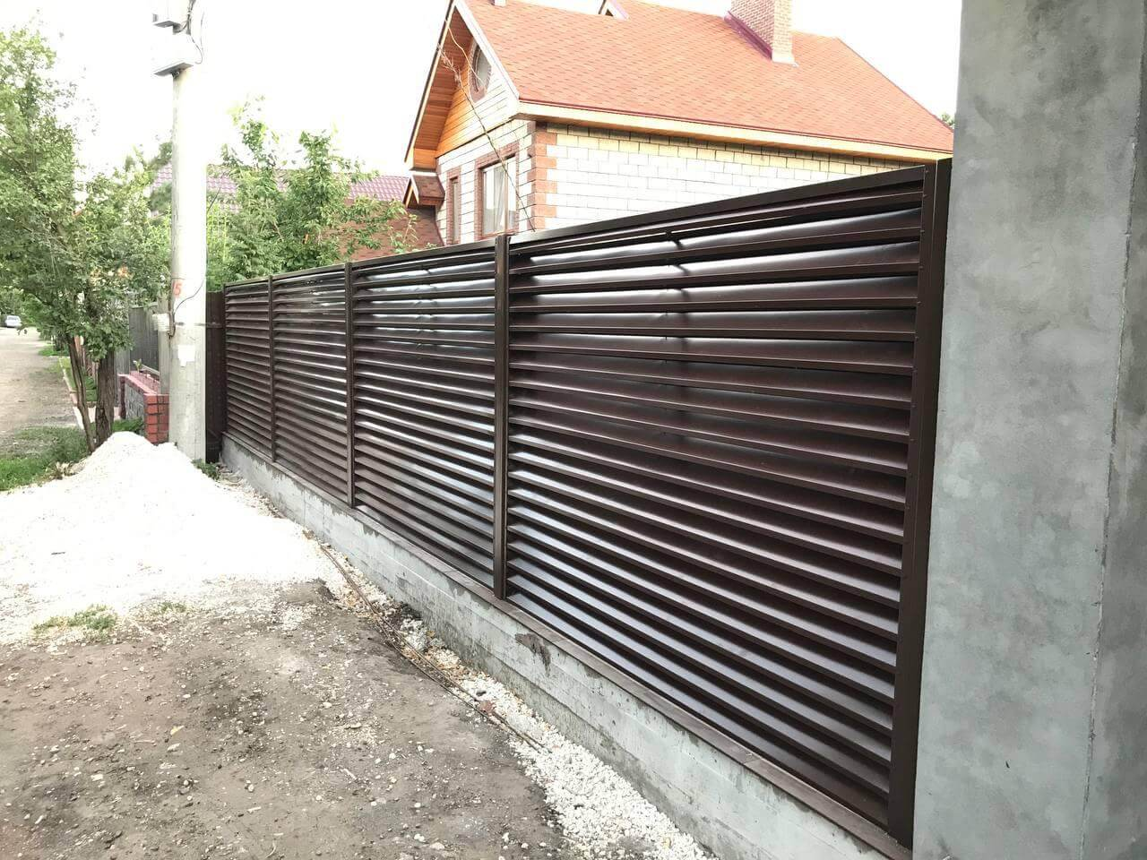 забор-жалюзи Шоколад двухсторонний фото1