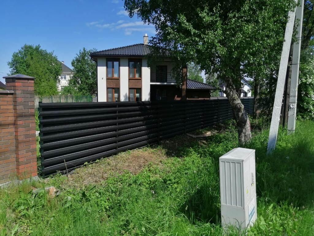 забор из штакетника Черный Стальной Бархат фото3