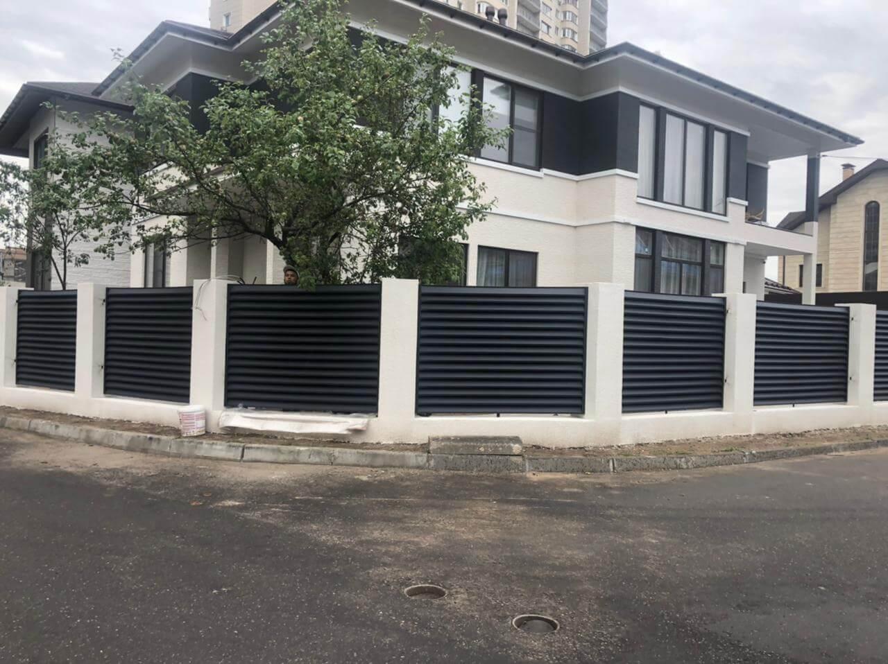 забор-жалюзи ЭКО-Z Серый графит двухсторонний матовый фото3