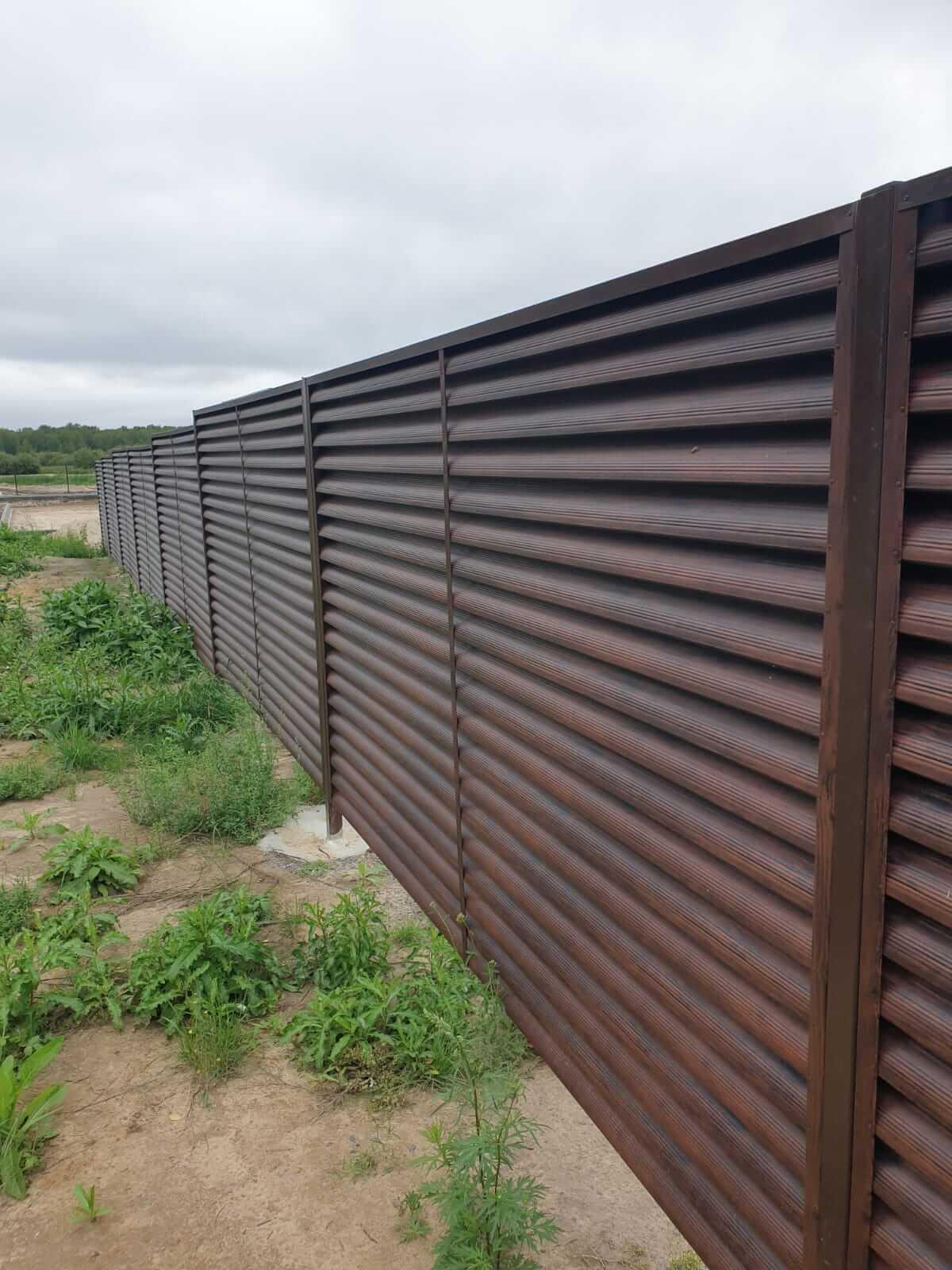 забор-жалюзи каштан красный фото9