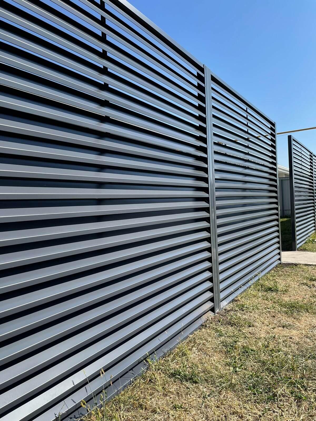 забор-жалюзи с ламелями эко-z ral7024/7024 серый графит двухсторонний фото4