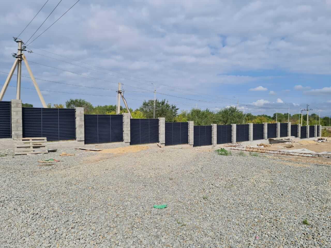 забор-жалюзи серый графит матовый фото2
