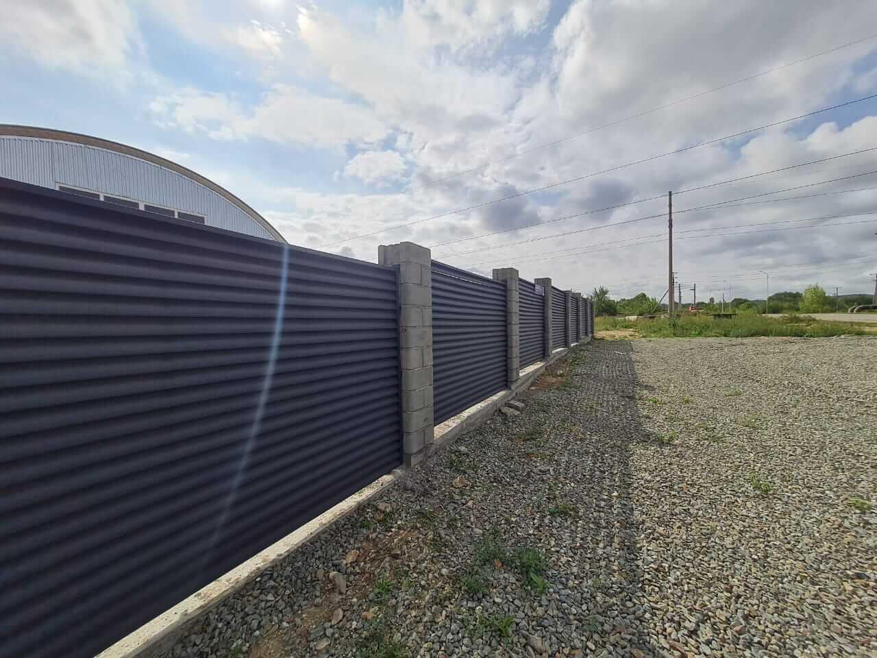 забор-жалюзи серый графит матовый фото4