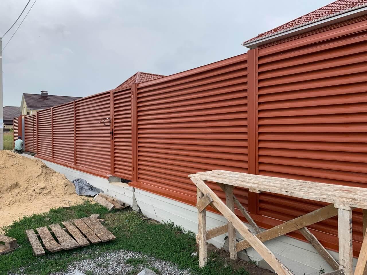 забор-жалюзи терракотовый фото8